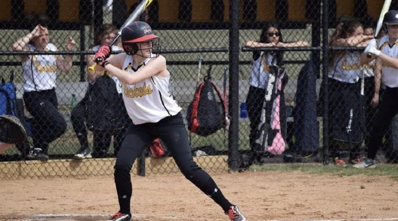 Varsity Softball bounces back from a tough week with a win over Walter Johnson
