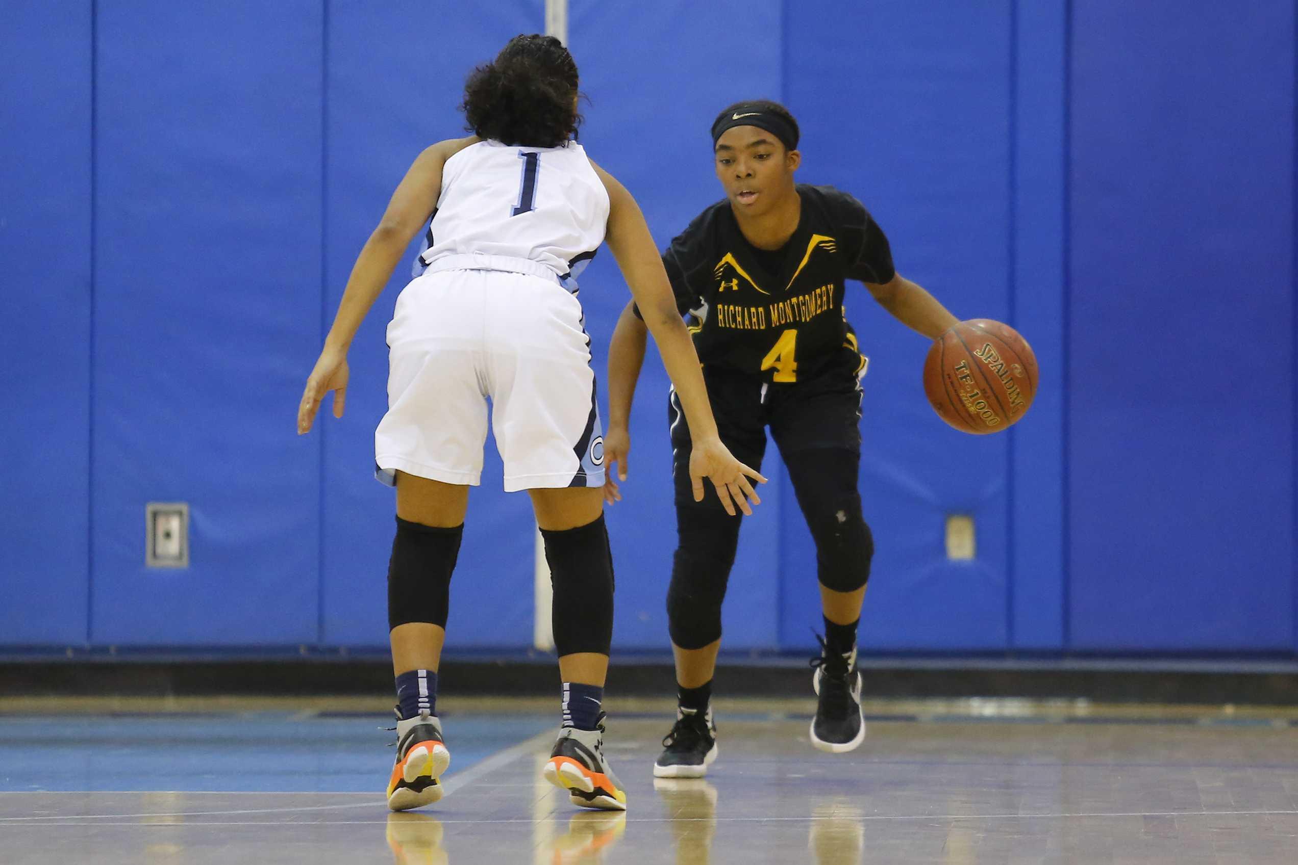 Girls basketball opens up season with narrow 56-51 win over Walter Johnson